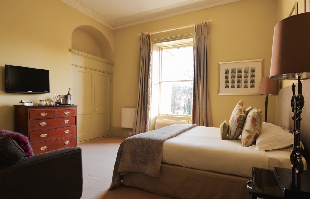 Elm Lodge Bed And Breakfast